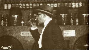 bebiendo pessoa