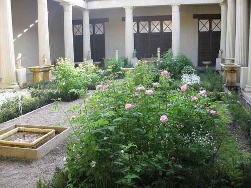 jardín romano 2